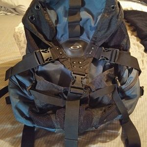 Authentic Oakley Backpack! *! *!